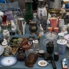 Spullen kopen en verkopen op de vlooienmarkt in de IJ-hallen